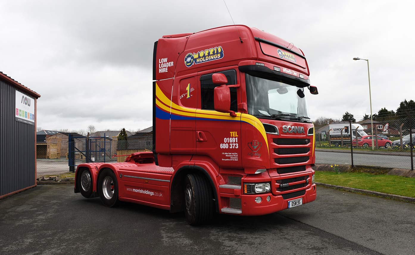 Scania R580 vehicle graphics - Morris Holdings Cab