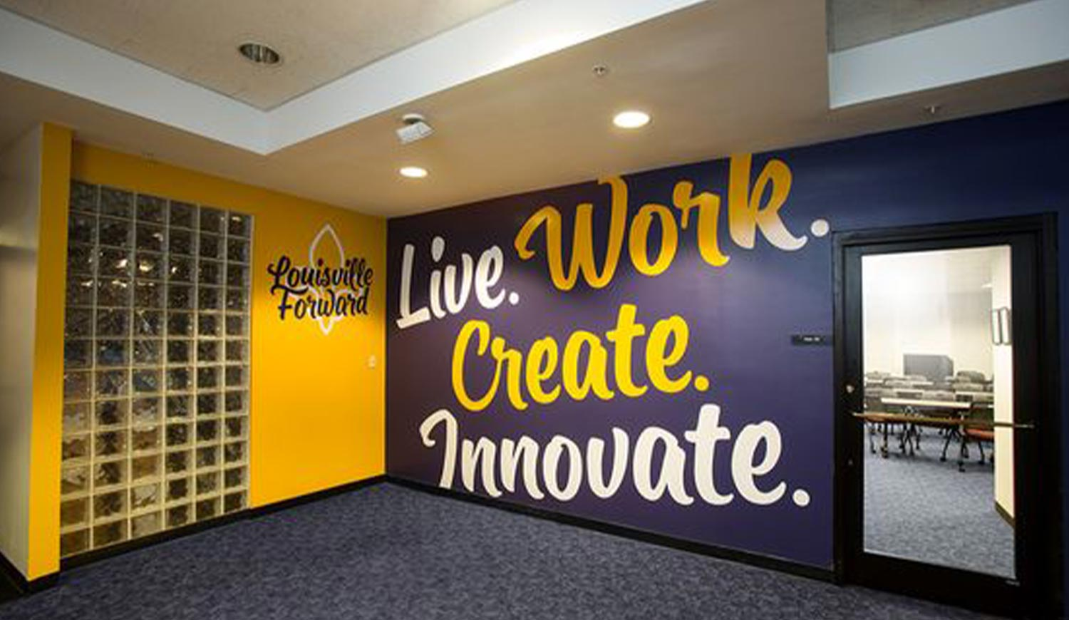 Printed Wall Graphics in Creative Office Space