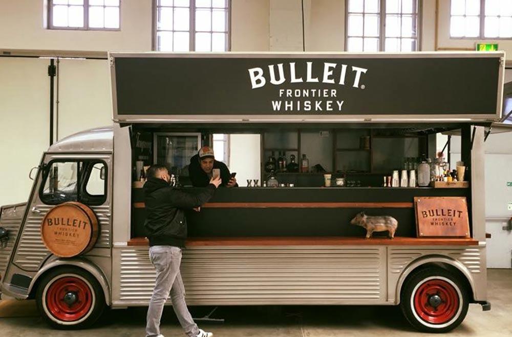 Bulleit Frontier Whiskey HY Van